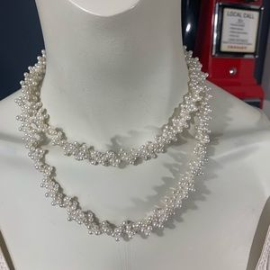 """Faux Pearl """"lacy"""" necklace feminine look"""